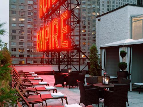 Empire Hotel Photo