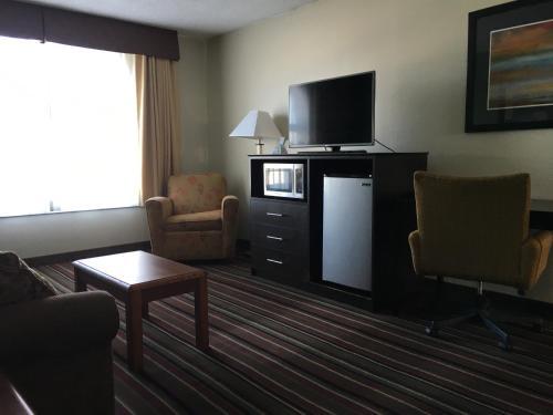 Quality Inn & Suites - Horse Cave Photo