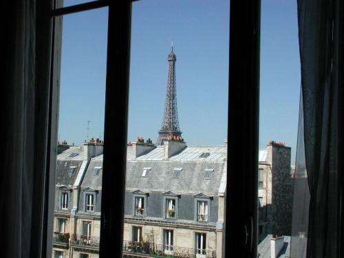 Artist Studio View Eiffel Tower photo 3