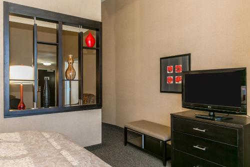 Cambria hotel & suites Noblesville Indianapolis Photo