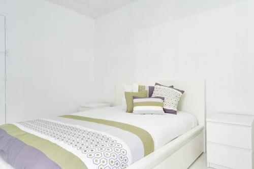 Sunny Isles Ocean Reserve Condo Apartments Photo