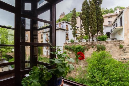 Habitación Doble Deluxe con vistas a la Alhambra Palacio de Mariana Pineda 9