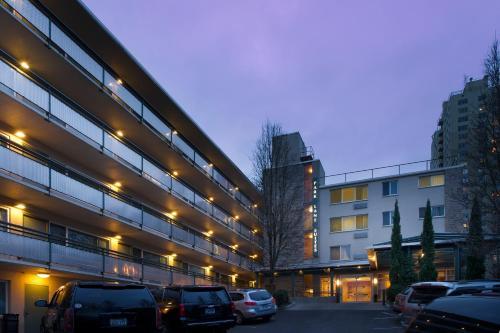 Park Lane Suites & Inn Photo