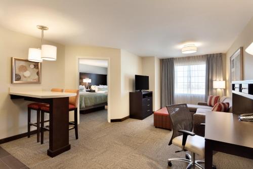 Staybridge Suites Midland - Midland, TX 79706