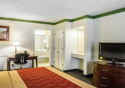 Rodeway Inn Denver photo 23