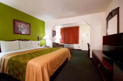 Econo Lodge & Suites Brinkley Photo