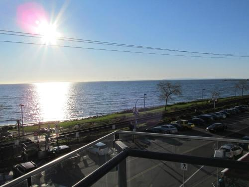 Ocean Promenade Hotel Photo