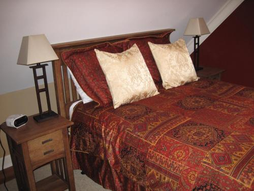 Genelle House B&B Guest House Photo