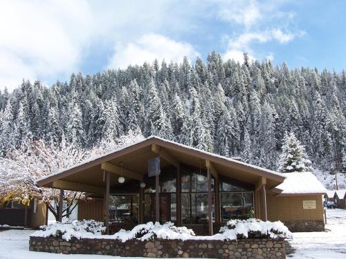 San Juan Motel & Cabins - Pagosa Springs, CO 81147