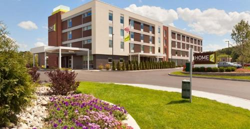 Home2 Suites by Hilton Albany Airport/Wolf Rd Photo