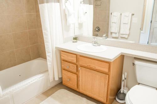 Longs Peak 117 Apartment - Estes Park, CO 80517