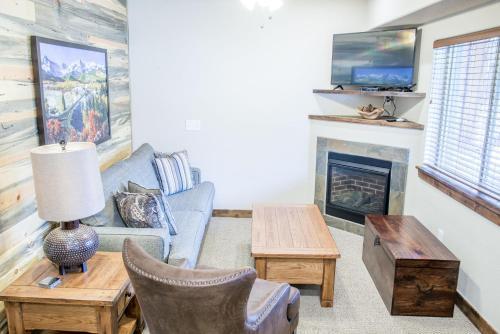 Longs Peak 162 Apartment - Estes Park, CO 80517