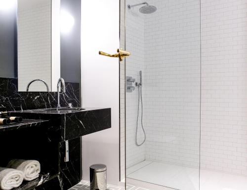 Suite TÓTEM Madrid - Small Luxury Hotels of the World 5