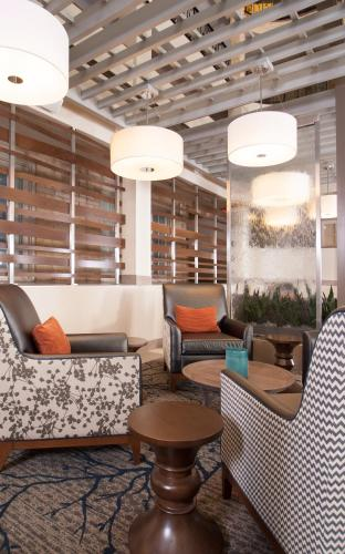 Embassy Suites By Hilton Bloomington / Minneapolis - Bloomington, MN 55431