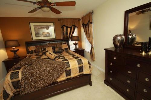 Lake Berkely 7 Bedroom-1021 - Kissimmee, FL 34746