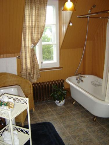 Gite Maison Chapleau Bed and Breakfast Photo