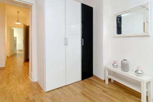 Grand Central Mitte Apartment photo 4