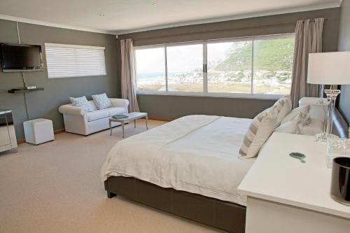 Whale Bay Villa Photo