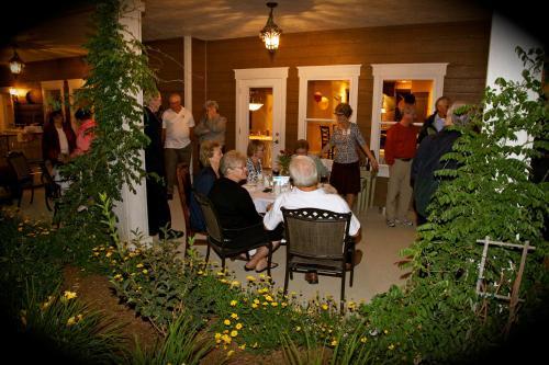 Summer Creek Inn - Rapid City, SD 57702