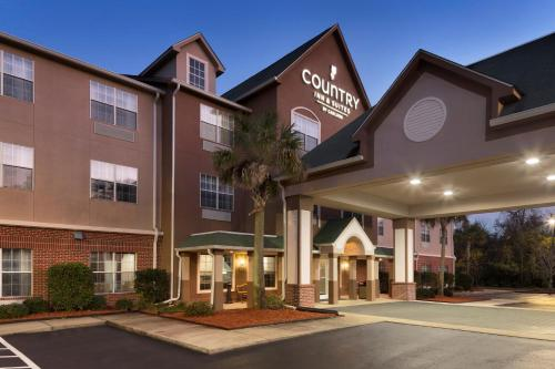 Country Inn & Suites by Radisson, Brunswick I-95, GA Photo