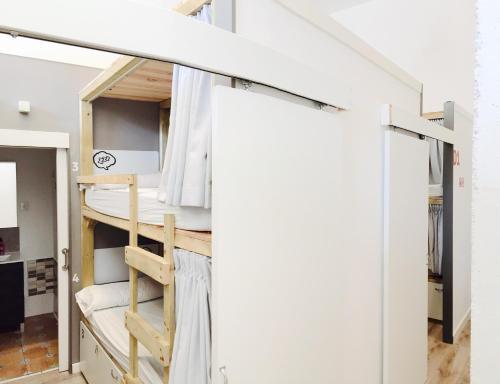 Ant Hostel Barcelona photo 24