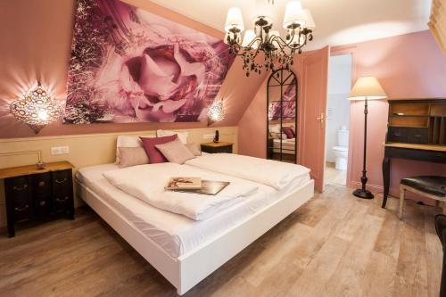 hotel roses h tel 7 rue de zurich 67000 strasbourg adresse horaire. Black Bedroom Furniture Sets. Home Design Ideas