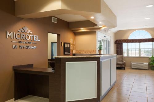 Microtel Inn & Suites by Wyndham Photo