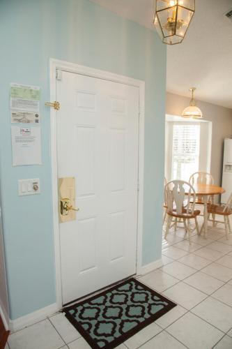 Mickey's Movie House - Kissimmee, FL 34747