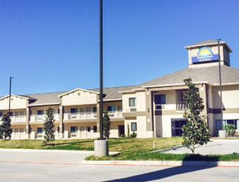 Days Inn & Suites By Wyndham Katy