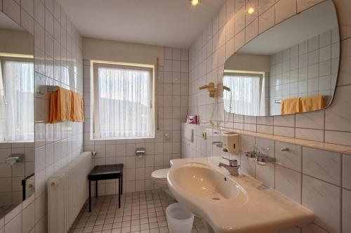 Hotel Neuenfels photo 13