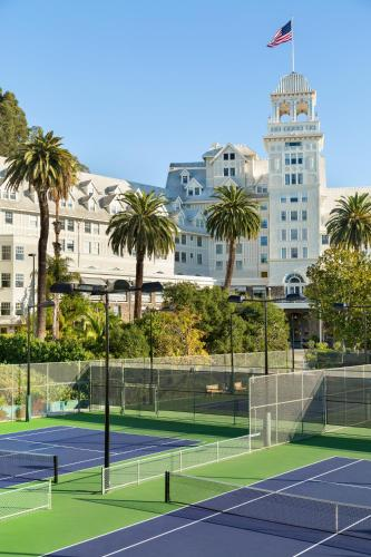 The Claremont Club & Spa, A Fairmont Hotel Photo