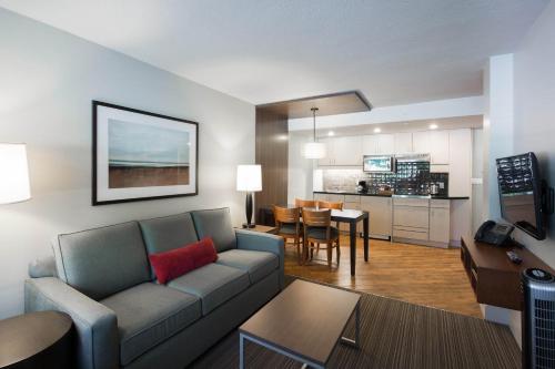West Coast Suites At Ubc - Vancouver, BC V6T 1K2