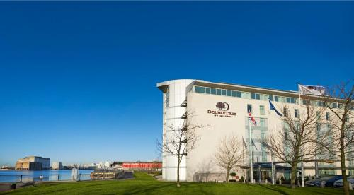 DoubleTree By Hilton London Excel photo 8