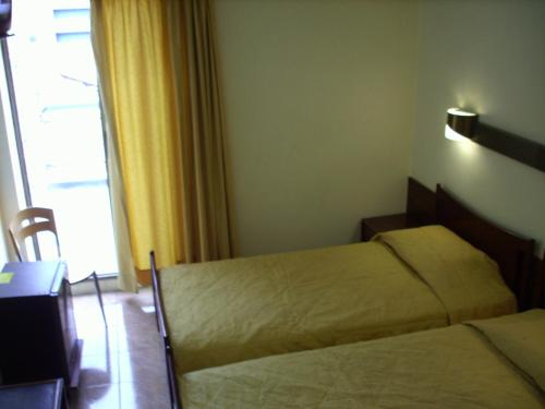 Claridge Hotel photo 2