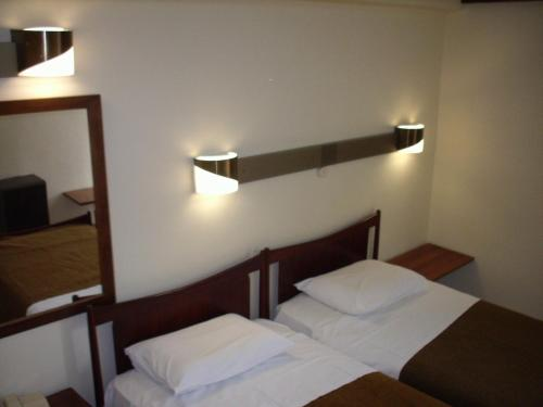 Claridge Hotel photo 9