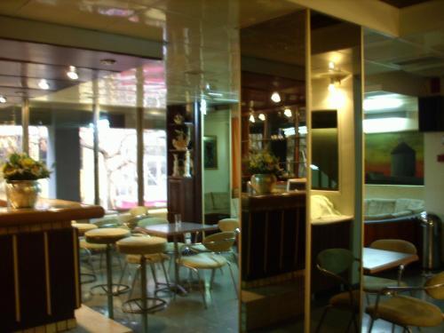 Claridge Hotel photo 20