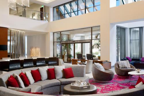 Hilton Woodland Hills/ Los Angeles Photo