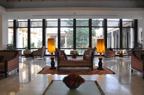 Kabul Serena Hotel Photo