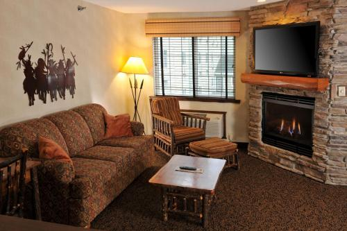 Stoney Creek Hotel & Conference Center - Des Moines - Johnston, IA 50131