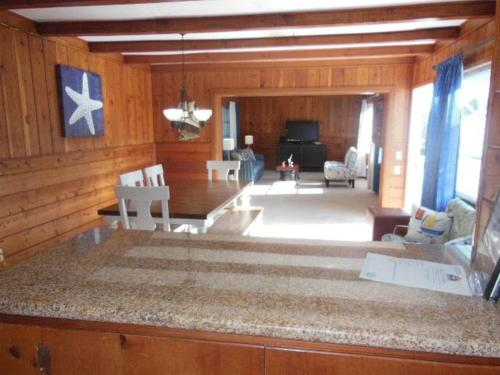 161 Gulf Island Holiday Home Photo
