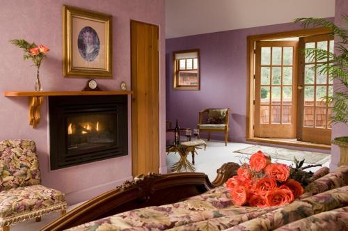Arch Cape Inn and Retreat Photo