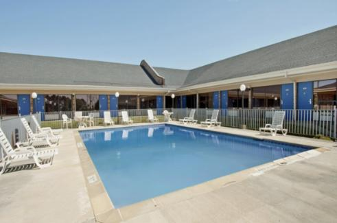 Americas Best Value Inn Forest - Forest, MS 39074