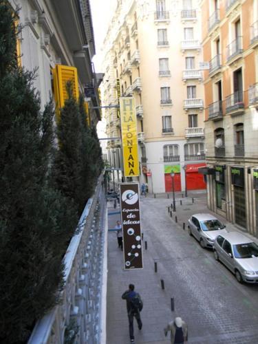 Hostal La Fontana 169