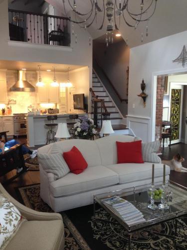 Burke Mansion - Macon, GA 31201