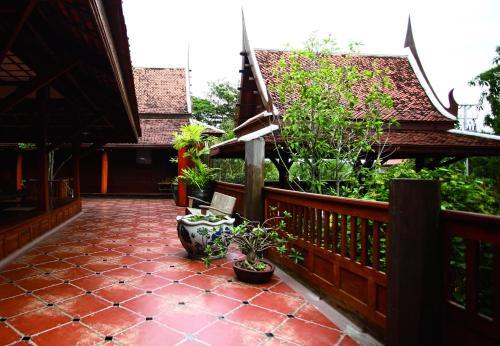 Ayutthaya retreat photo 28