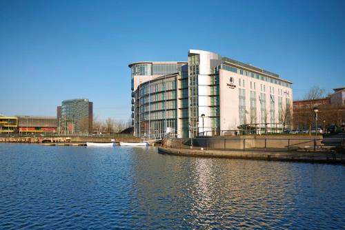 DoubleTree By Hilton London Excel photo 26