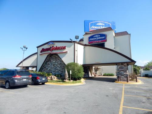 Howard Johnson Express Inn Arlington Ballpark/Six Flags Photo
