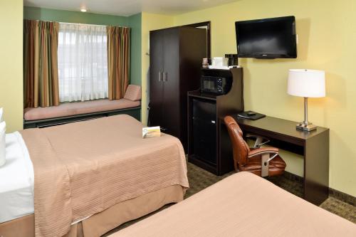 Quality Inn & Suites Elko Photo
