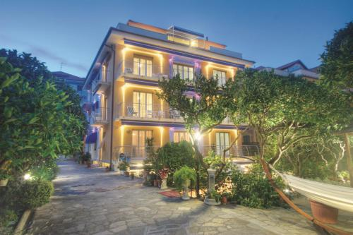 Hotel Villa Delibera (Varazze) da 90€ - Volagratis