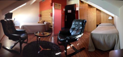 Triple Room Hotel Spa QH Centro León 5